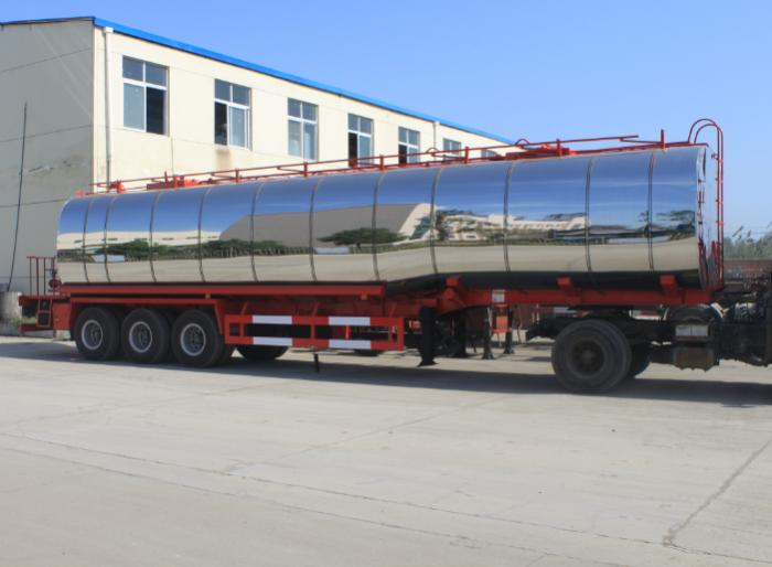 45,000 liters 3 axle shiny cover liquid asphalt tanker with insulation